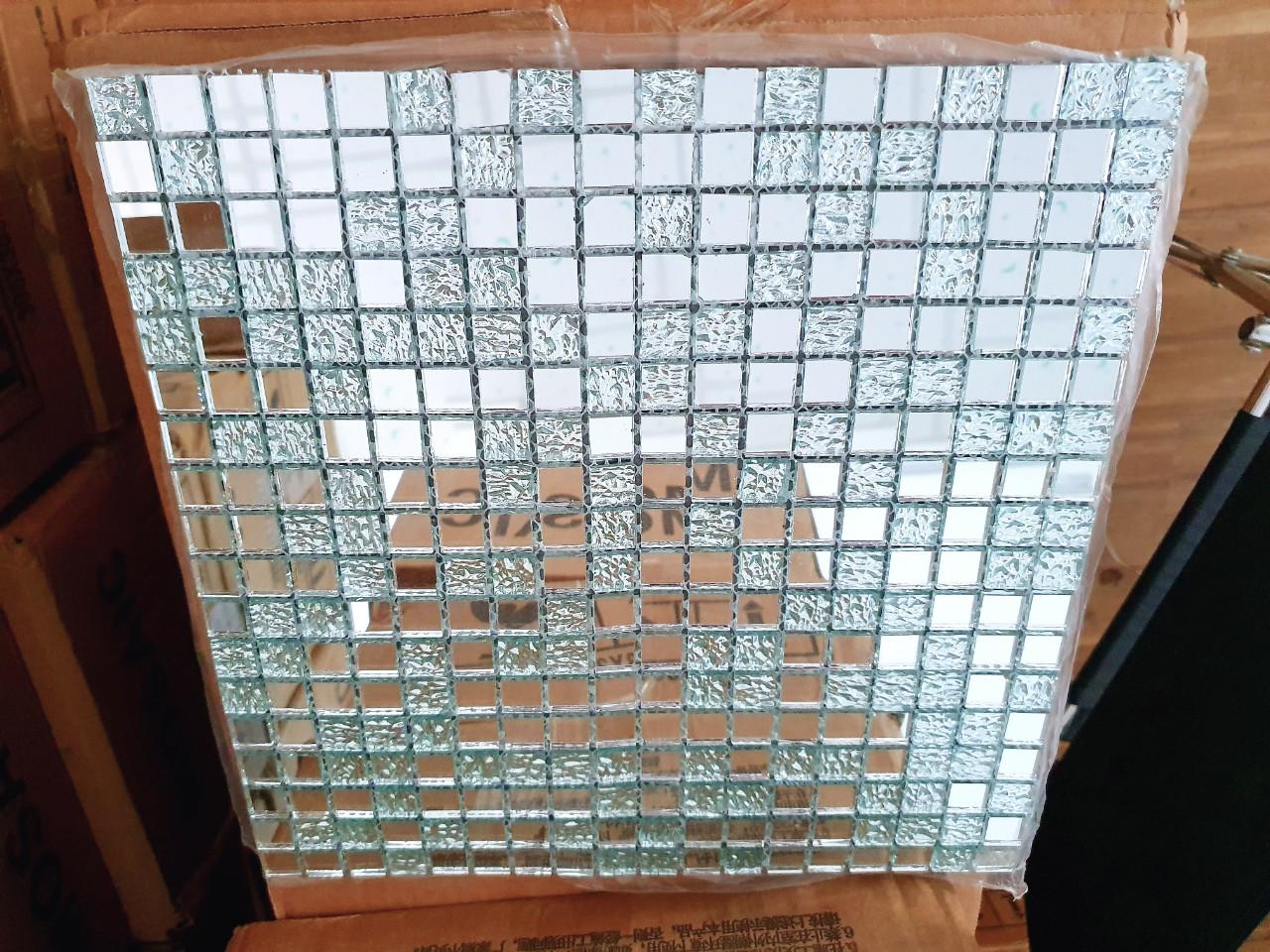 Gạch mosaic trắng gương AL102